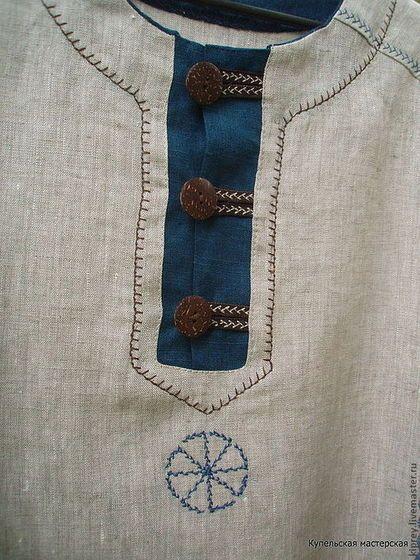 Купить или заказать Рубаха мужская льняная 'Богатырь' в интернет-магазине на Ярмарке Мастеров. Рубашка сшита из беларусского льна Особый покрой рубашки обеспечивает хорошую посадку по фигуре.Горловину можно сделать на шнуровке, можно - без, или на пуговицах. Рельефные швы и шов на рукаве украшены бахромой контрастного цвета ручной работы.