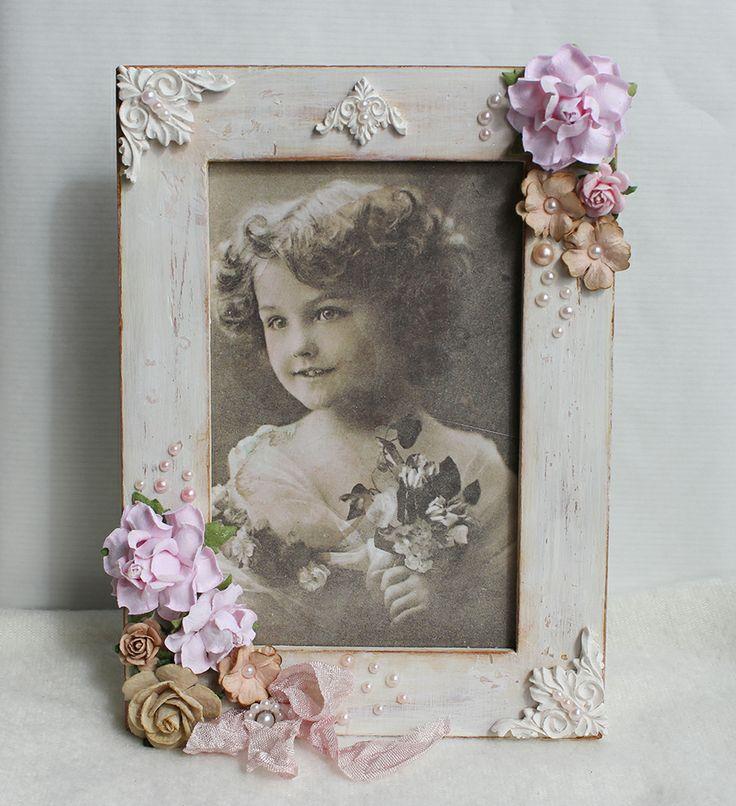Altered vintage style frame