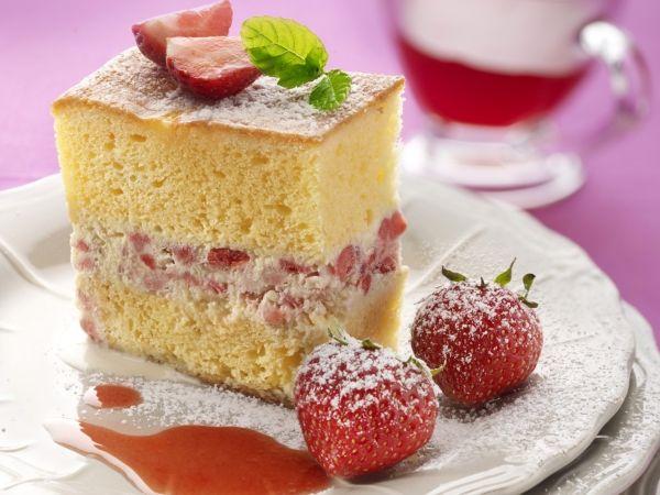 IJstaart met aardbeien en chocolade - Libelle Lekker!