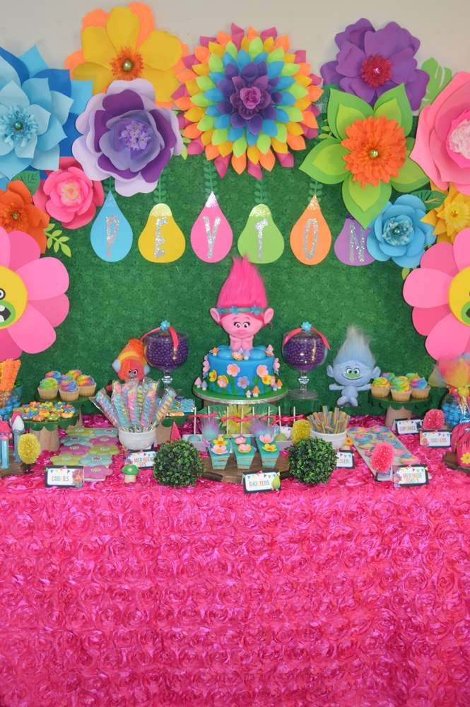 Peyton's 4th Troll s Birthday Party | CatchMyParty.com