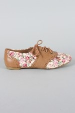 Hands down, the best pair of shoes I own. Gotta love the floral oxfords <3
