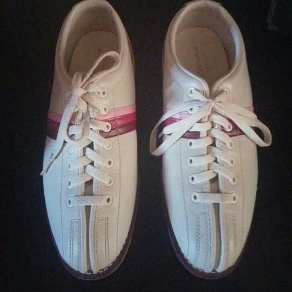 Bowling Shoes Sliders Traditionals by Endicott Johnson Vintage Bowling Shoes 8.5 Pink Tan Endicott Johnson Shoes