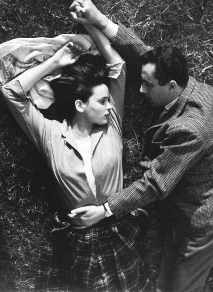 Michelangelo Antonioni and Lucia Bosé on the set of Cronaca di un Amore, 1950.