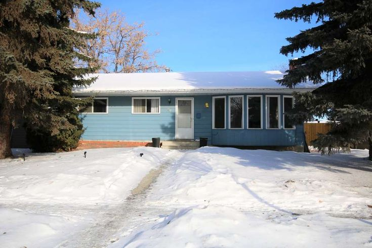 1ST TIME HOME OWNER ALERT! LOCATED IN SPRUCE GROVE. FOR MORE INFO GO TO: www.79WoodhavenDrive.info