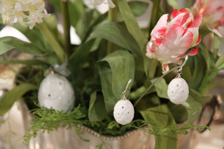 Easter by Jette Frölich