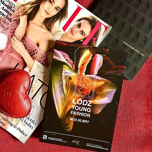 Uwaga! Startuje największy w Polsce konkurs dla młodych projektantów @lodzyoungfashion. Do wygrania 30 tys. Euro. Szczegóły na http://ift.tt/2sd11qy   via ELLE POLAND MAGAZINE OFFICIAL INSTAGRAM - Fashion Campaigns  Haute Couture  Advertising  Editorial Photography  Magazine Cover Designs  Supermodels  Runway Models