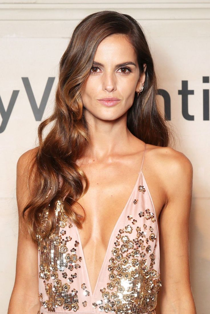 Izabel Goulart have super hot Maria Izabel Goulart is born on October 23, 1984, she is better known as Izabel Goulart, is a Brazilian model. She is best known as having been one of the Victoria's Secret Angels starting from the year 2005, and for her work with the Armani Exchange