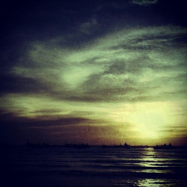 This is the famous boracay sunset!!!