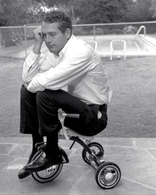 ridesabike: Paul Newman rides a trike, meditatively.