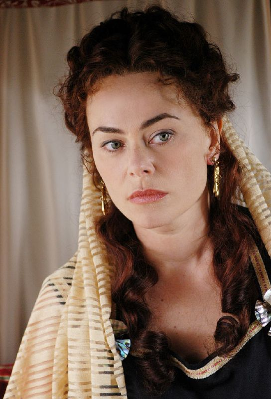 Polly Walker, Guzel (Kiaya Khatun), mistress of the Harem of Dragut Rais or Roxelena