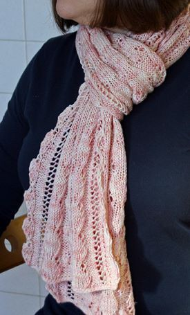 1000+ images about Knit scarves (lacy) on Pinterest Drops design, Yarns and...