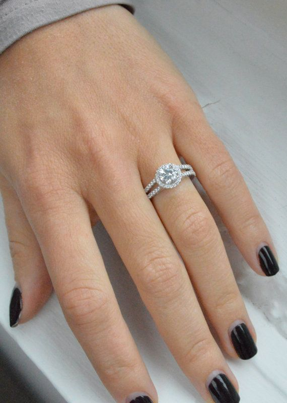 Split shank ring with wedding band