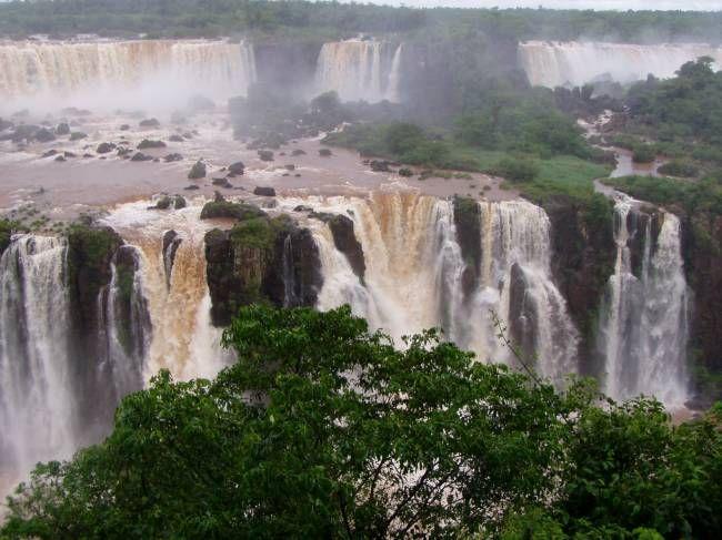 водопады Игуасу, удивительные места планеты, Бразилия