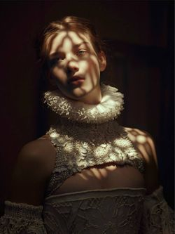 Elena Bartels by Baud Postma for Vogue.it