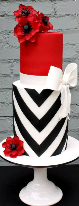Elegant V-Stripes & Bold Poppies Cake