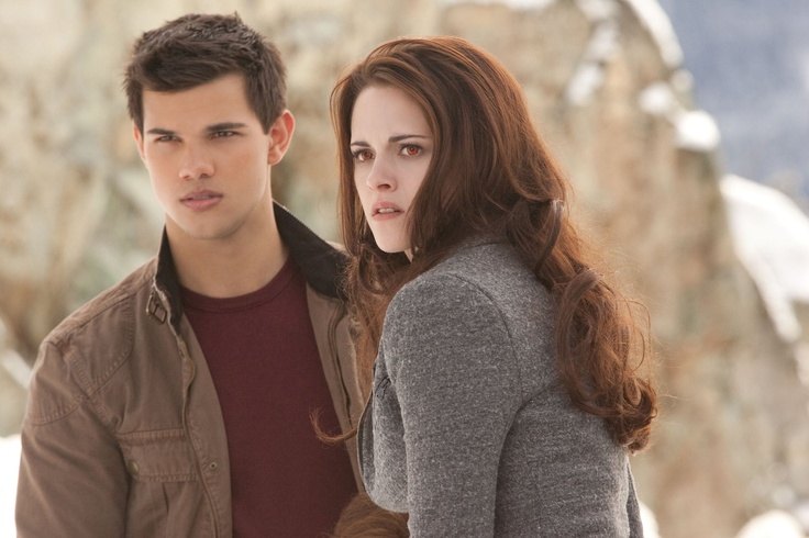 Breaking Dawn Part 2 ==> Kristen Stewart, Robert Pattinson