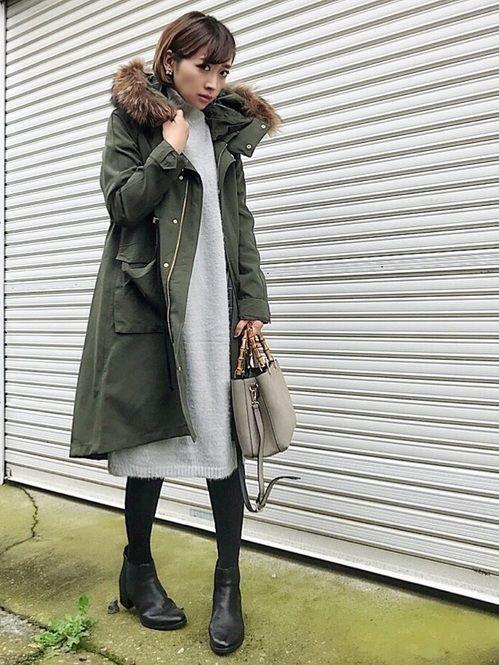 秋冬の最強アイテム、「黒タイツ」。寒い気候でも女性らしいスタイリングをしたい、そんな願いを叶えてくれます。大人かわいいコーディネート実例をご紹介いたします。