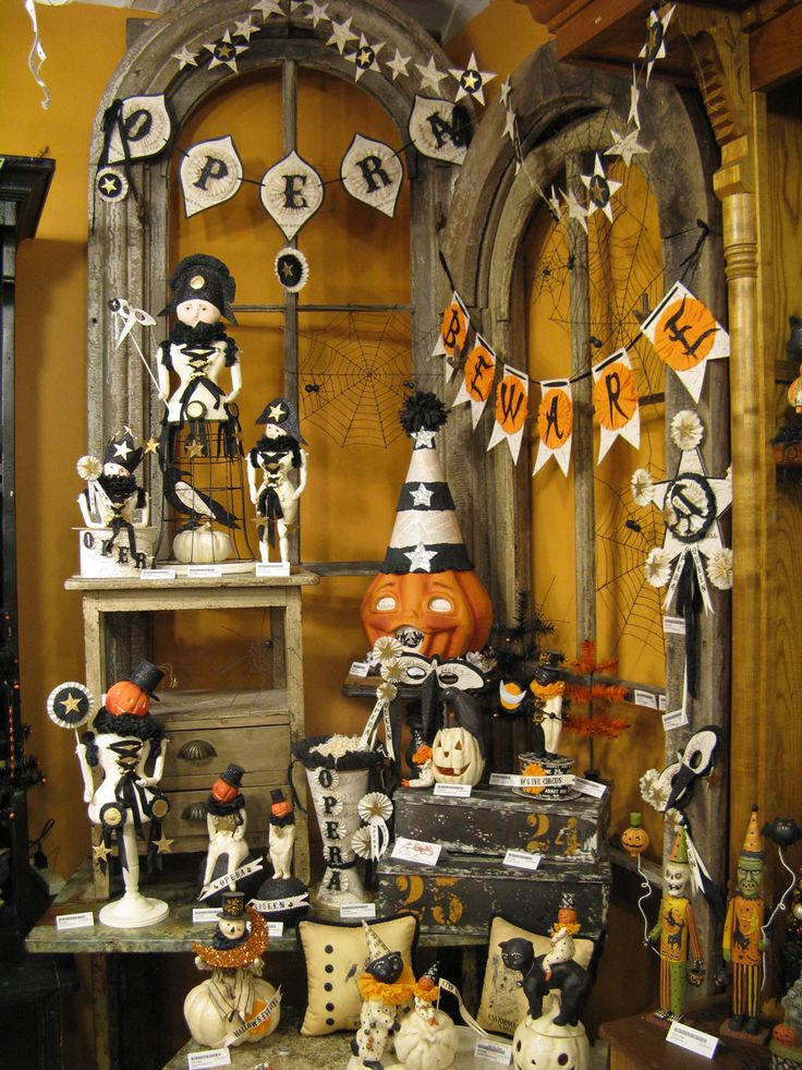 vintage halloween decorations always have some sort of black and white on them somewhere i love it - Decorate Halloween