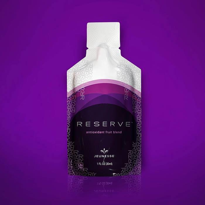 Codzienna detoksykacja i regeneracja skoncentrowanym, naturalnym wyciągiem z winogron, ciemnych owoców i roślin, zawierających największe stężenie składników odżywczych i przeciwutleniaczy (m.in.resweratrolu).