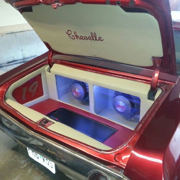 71 chevelle custom car audio stereo install trunk console. rear bucket seats