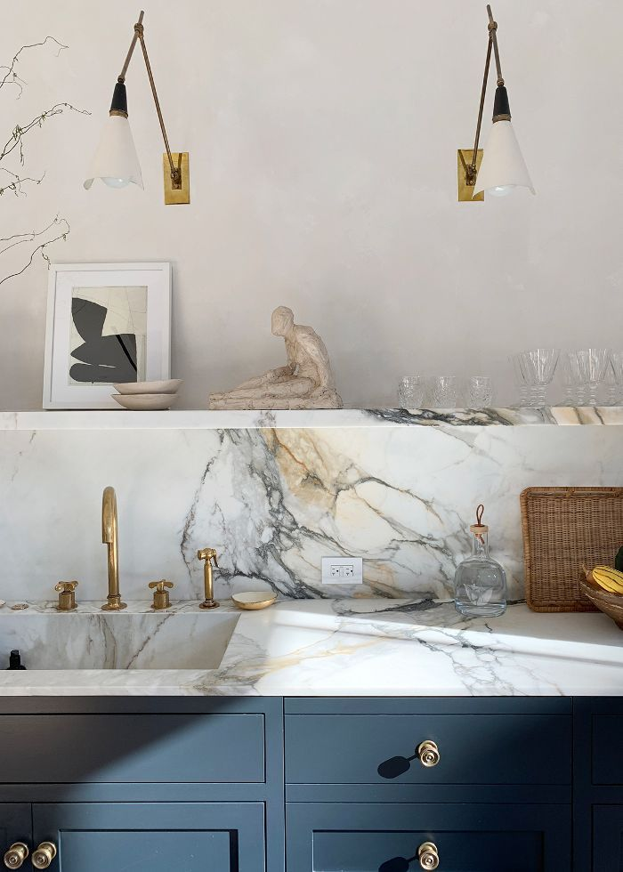 athena calderone s 36 stylish must have kitchen essentials in 2020 kitchen interior kitchen on kitchen remodel must haves id=64053