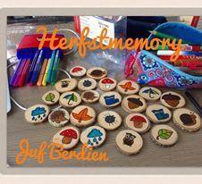 Juf Berdien: Zelfgemaakte memory thema herfst, met houten schijfjes theme autumn wood game Preschool