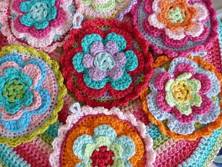 Crochet Flowers Tutorial By Carmen Heffernan : 160 best images about Crochet Flowers on Pinterest ...