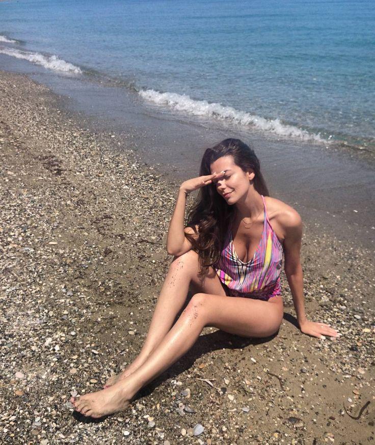 Nikoletta Ralli - legs - Greece