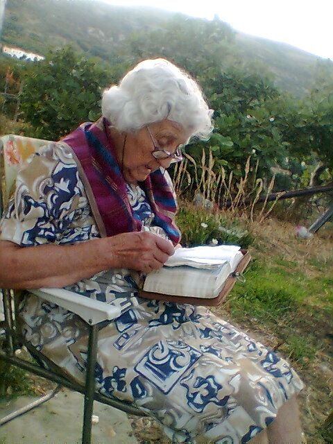 Κaliopi,my mother.Read the Bible every day.She is only 92 years old