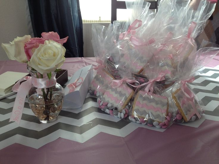 Pink And Grey Chevron Baby Shower. (I Used Shelf Liner From Amazon For The Table  Runner  Worked Perfectly)   Why Didnu0027t I Think Of That?