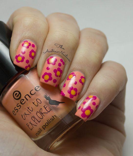 Daisy Dotticure Nail Art Design from The AustraNailian blog