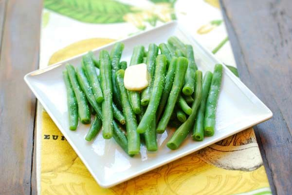 boiled green beans - make tomorrow with my salmon and yellow rice