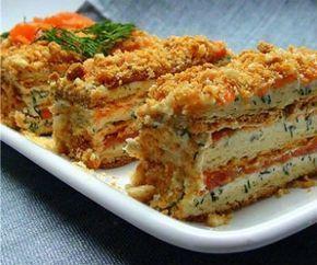 Ингредиенты:  Готовые коржи (слоеные) для «Наполеона» — 5 шт. Консервированная сардина – 400 г. Яйца – 3 шт. Майонез – 300 г. Лук репчатый – 100 г. Морковь – 100 г. Грибы - 70 г. Масло растительное - 2-3 ст.л.