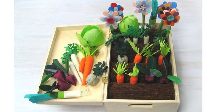 Etsy find of the day – pretend felt vegie patch