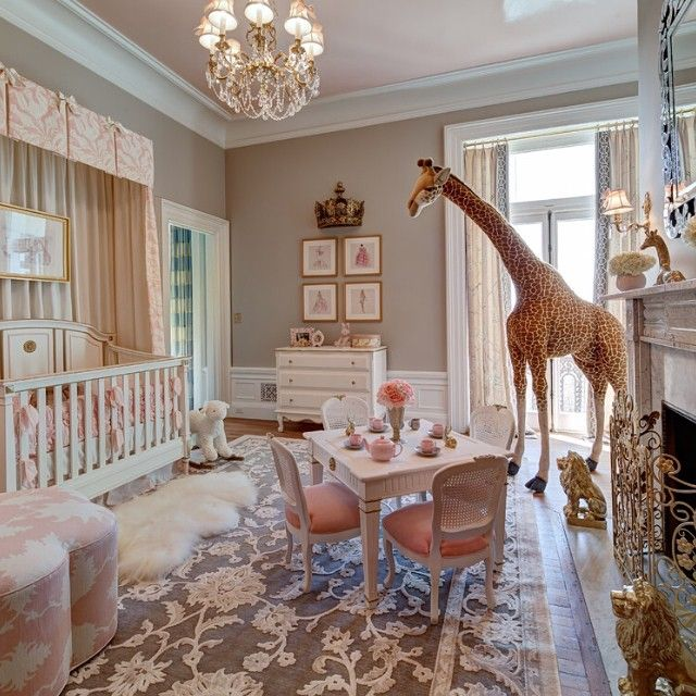nursery fit for a princess i dont know about that huge giraffe though