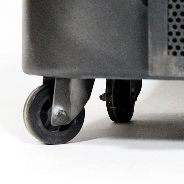 Comptoir à roulettes industriel métal noir     B60