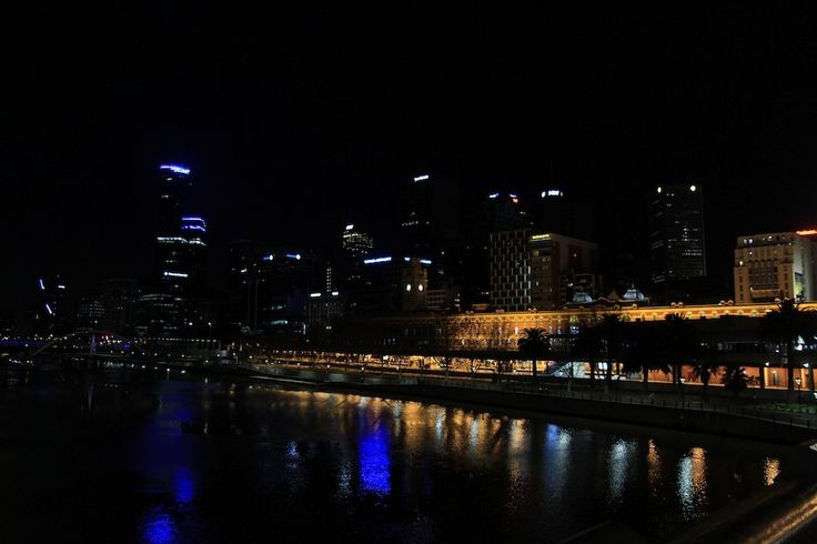 Melbourne by night-3. by Awes Amin