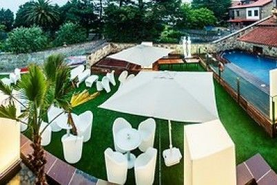 Hotel Costa Esmeralda Suites en #Suances (#Cantabria) ofrece a los clientes #Wonderbox dos noches en habitación doble con desayuno #buffet y una cena #degustación. La #piscina y el #jacuzzi exterior de este #Hotel5Estrellas te sorprenderán. ¡Aprovecha este #WonderPlan!