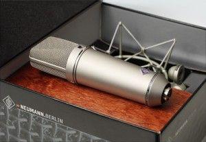 NEUMANN U87 (geniş diyaframlı condenser): Mikrofonların efendisi...Belki bir ev stüdyosu için fazla ama mikrofonlardan bahsedip onu es geçme...