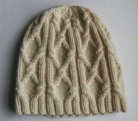 Aran Beanie di uomo: cappello di Aran handknit in 100% lana.