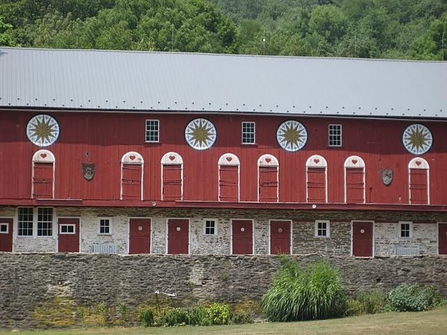 Hex signs on Pennsylvania barns