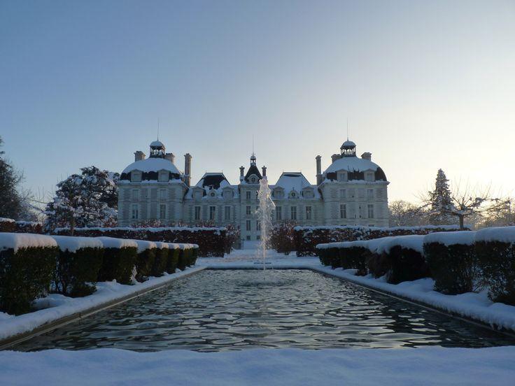 Le Château de Cheverny sous la neige © photo : T. Lajouanie www.bloischambord.com