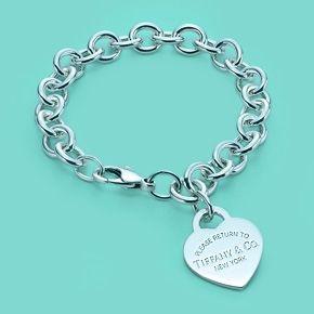 Return to Tiffany™ Armband mit Herzmarken-Charm, Sterlingsilber.