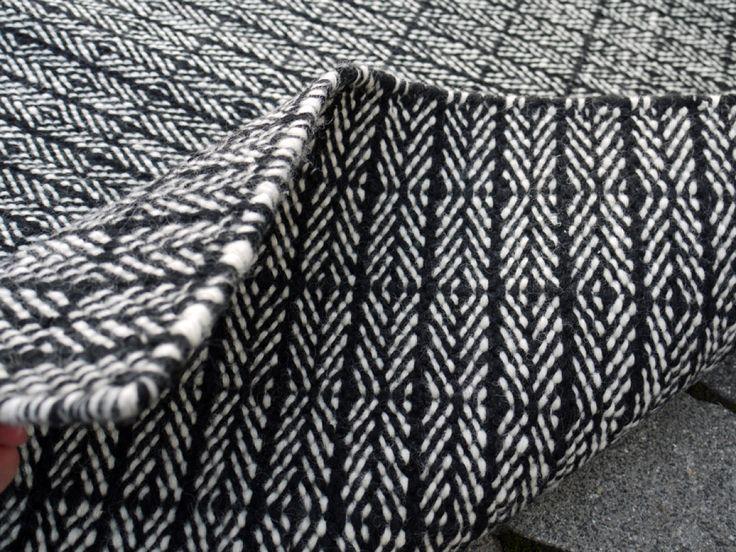 design traumteppich traumteppich teppich fabula gewebt. Black Bedroom Furniture Sets. Home Design Ideas