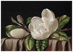 B484 Magnolia €28.00  Kit completo de punto de cruz Marca: Luca-S Hilos: Anchor Tela Aida: Zweigart Medidas: 25*40cm Colores: 35