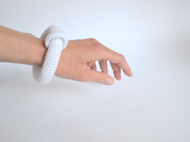 Minimal bracelet - white crocheted bangle bracelet - fiber art jewelry - modern crochet - pinned by pin4etsy.com