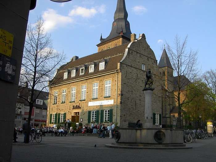 Ratingen, Germany. My hometown.