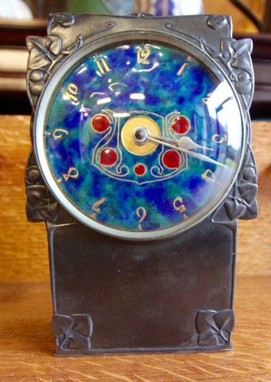 OI933 LIBERTY TUDRIC CLOCK BY ARCHIBALD KNOX - £0.00 : Patch Rogers Arts & Crafts Design - 1850 - Present