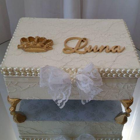 Boa Segunda a todos, com essa linda caixa porta laços e decorativa…