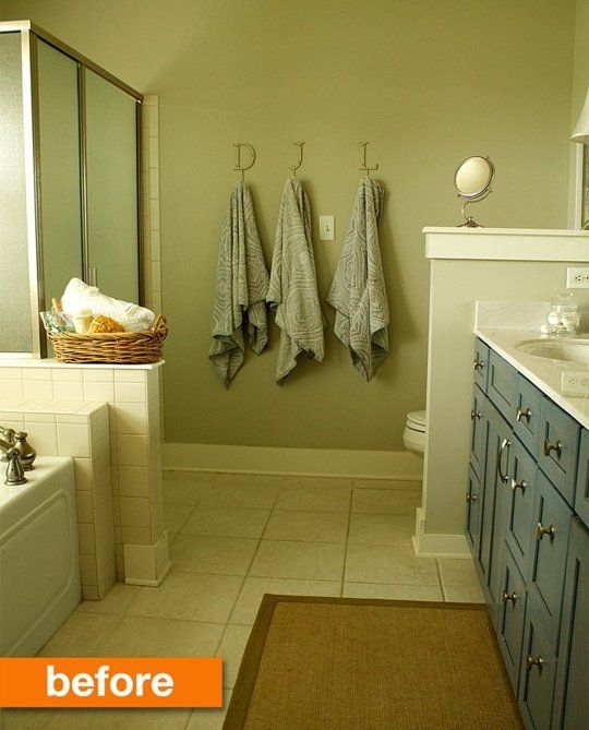 Before & After: Laurie's From Dull to Dramatic Simple Bathroom Makeover